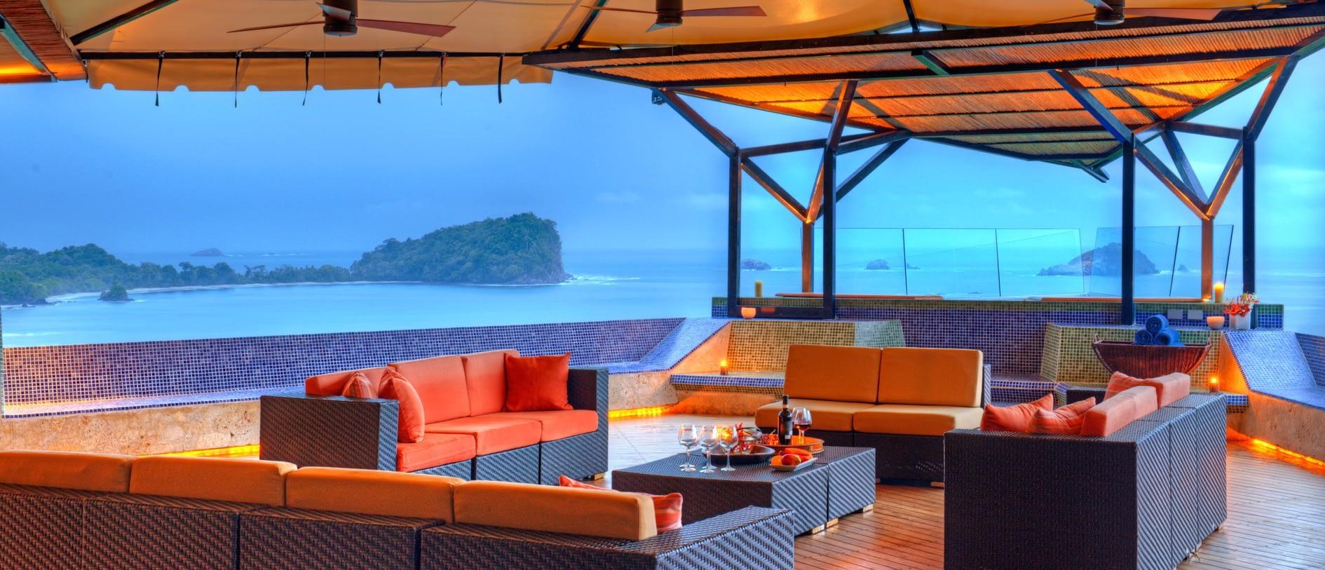 villa punto de vista terrace overlooking pacific ocean