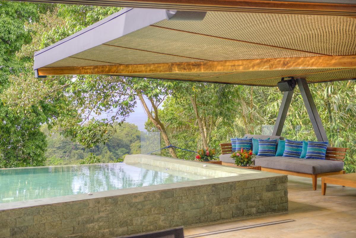 La Isla Infinity Pool/Pool Deck
