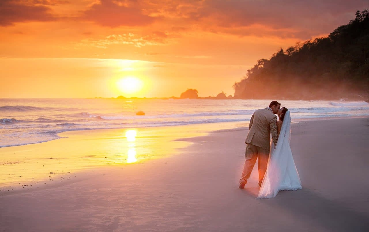 sunset photos of married couple
