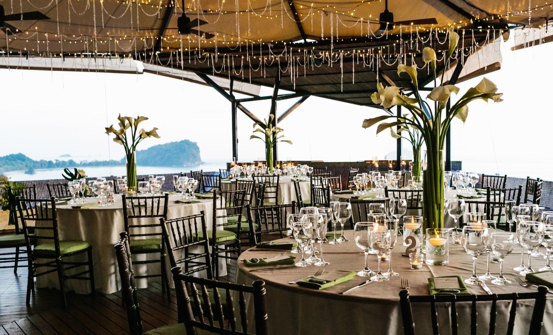 wedding dining in luxury villa