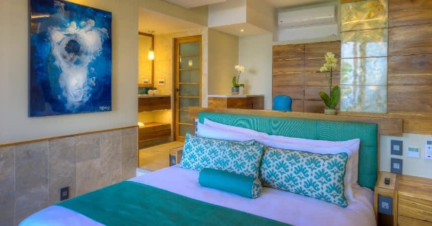 isla-aqua-room