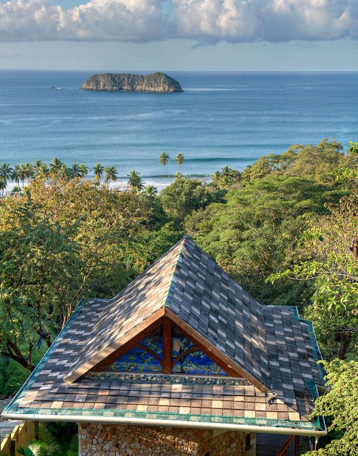 renting private group villa in costa rica