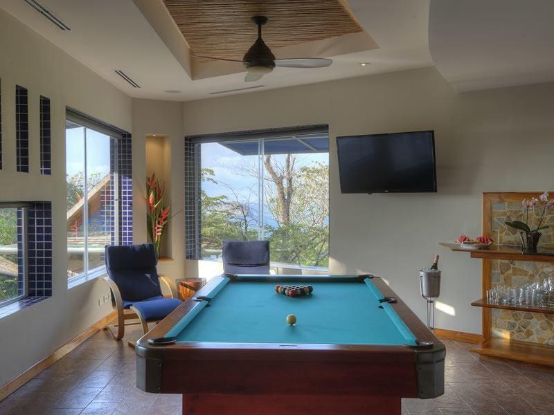 Gallery Room in Private Luxury Villa